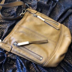 B MAKOWSKY FINE LEATHER CROSSBODY  NWOT